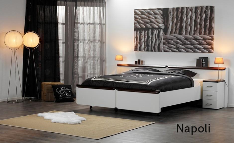 Vroomshoop model Napoli deelbaar/uitrijdbaar 2-persoons ledikant.